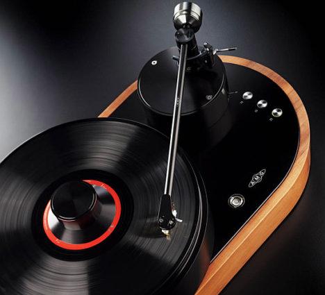 Toca-discos V12 Viella da AMG