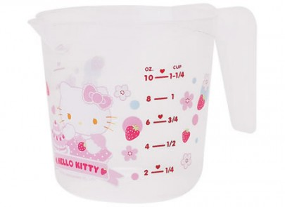 Copo medidor da Hello Kitty